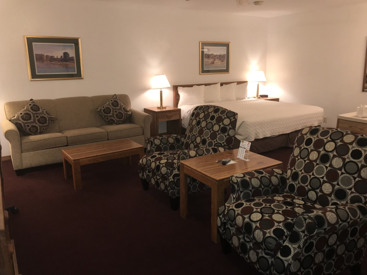 King Suite with Sofa Sleeper – Non Smoking